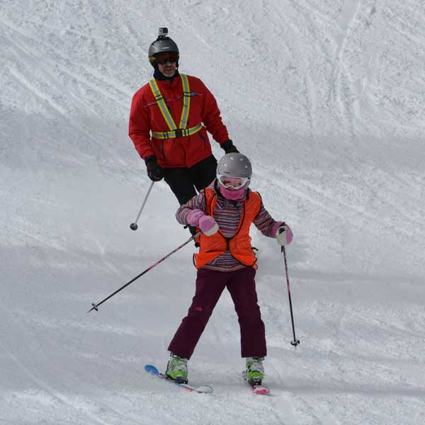 participate Blind Skiier